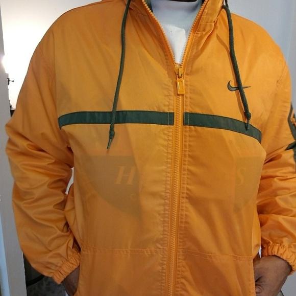Nike rain suit. M 5a98422edaa8f6841c244c25 5ff62eba6c8a